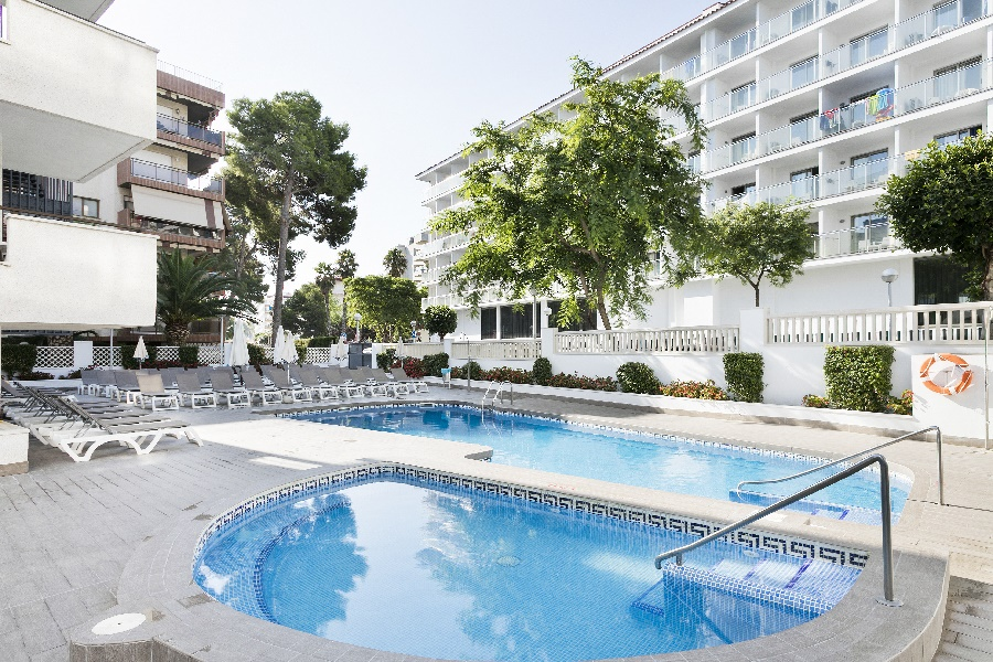 Stay at the Best Los Angeles Hotel, Salou with Sunway