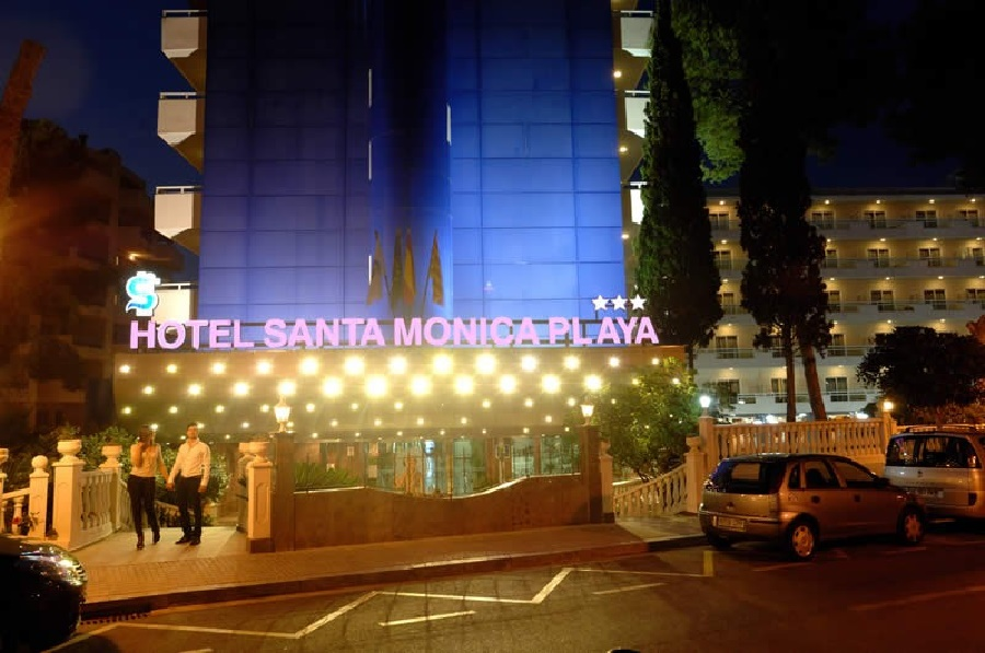 Stay at the Santa Monica Hotel, Salou with Sunway