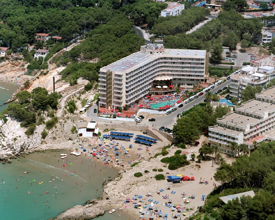 Stay at the Cala Font Hotel, Salou with Sunway