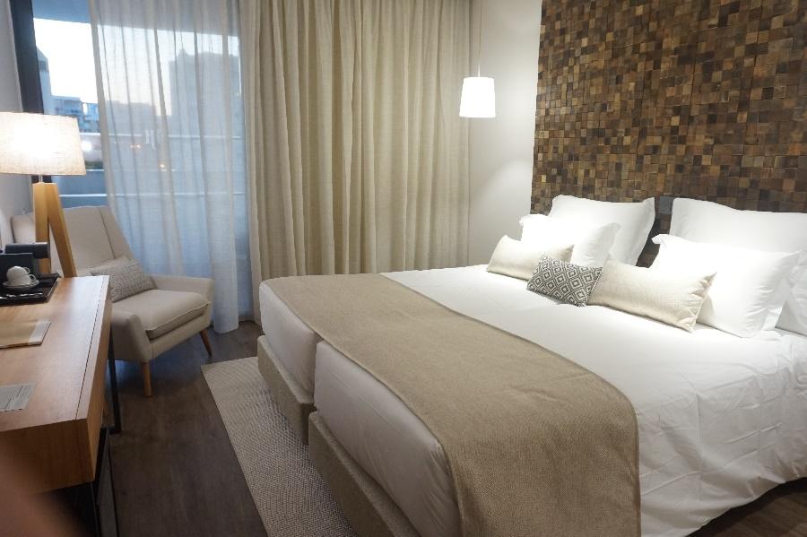 Stay at the Jupiter Marina Hotel, Praia da Rocha with Sunway