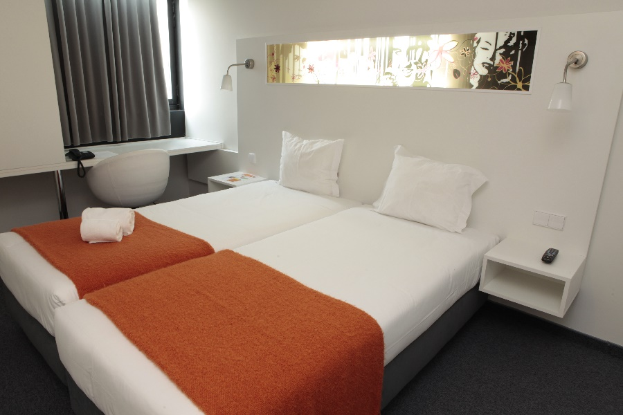 Stay at the Star Inn Porto, Porto with Sunway