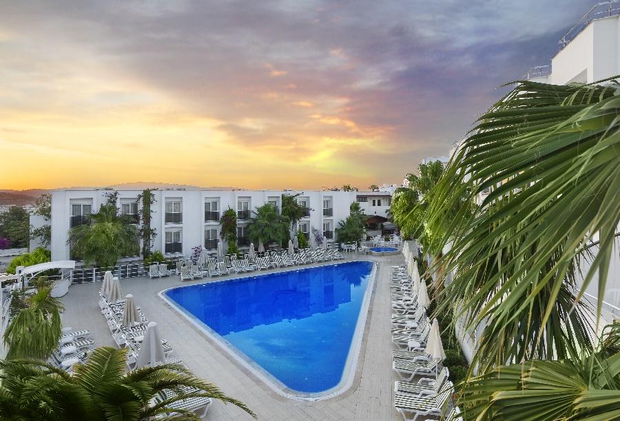 All Inclusive Sun Holidays to Club Shark Hotel