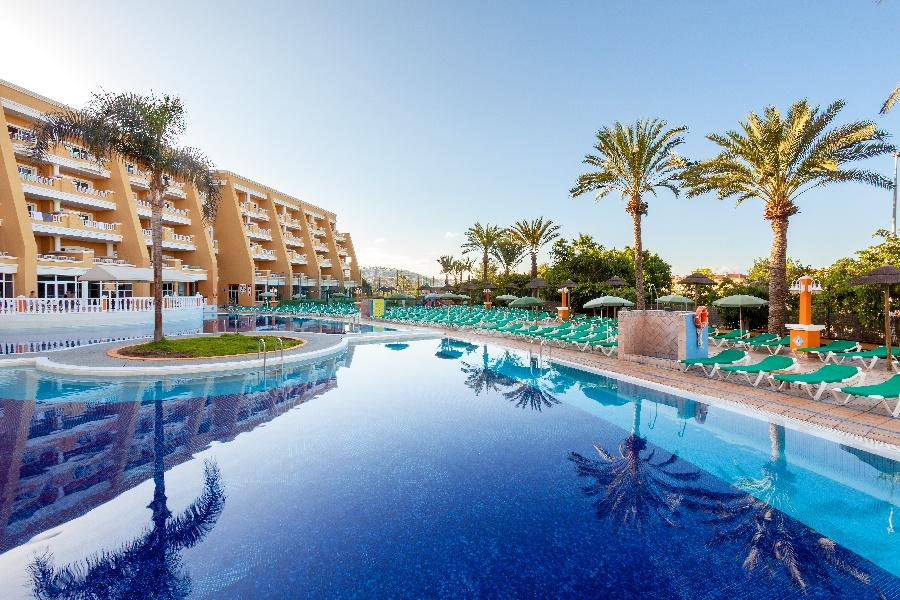 Book the Chatur Playa Real, Costa Adeje - Sunway.ie
