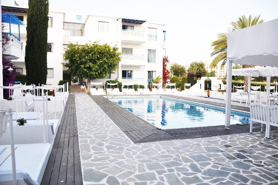 Book the Tasmaria Hotel, Paphos - Sunway.ie