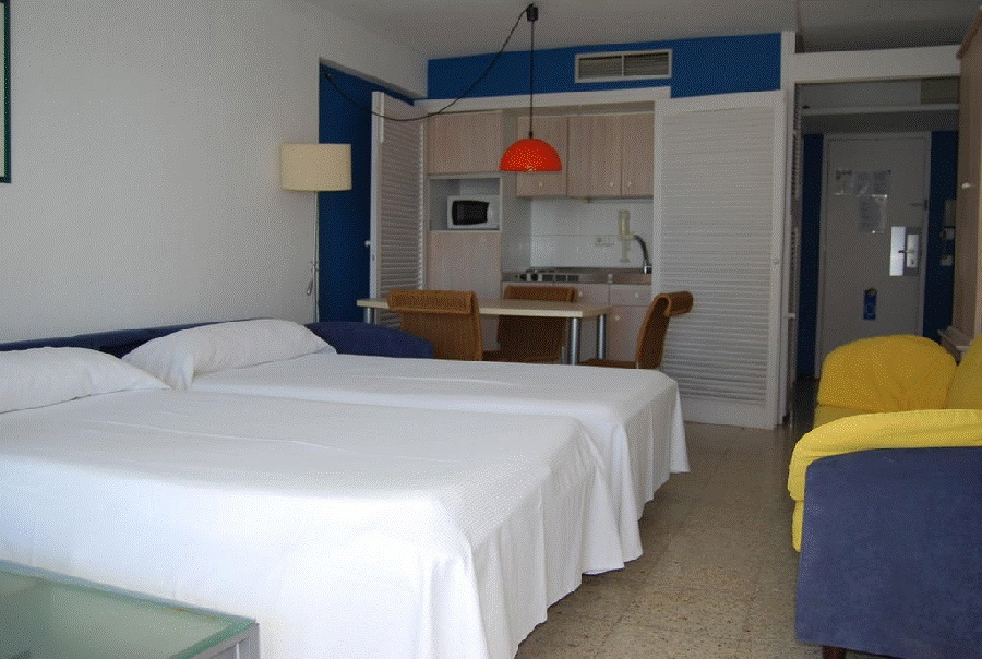 Stay at the Torre Belroy Apartments, Benidorm with Sunway