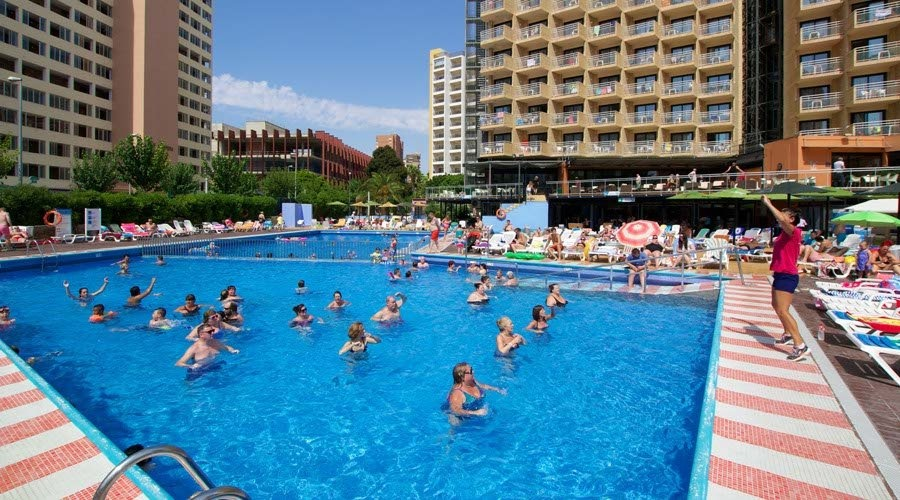 Stay at the Medplaya Rio Park, Benidorm with Sunway