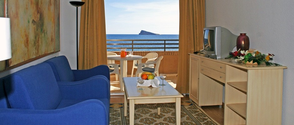 Stay at the Les Dunes Comodoro, Benidorm with Sunway